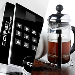 Kaffeevollautomat neben French Press